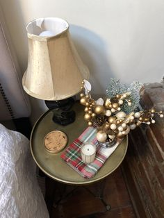 Holiday bedside deco