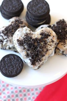 oreo scones with oreo crumbs