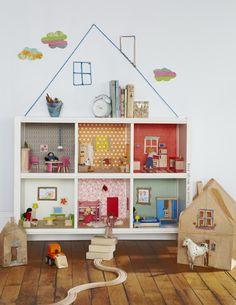 Turn bookshelf in to a doll house