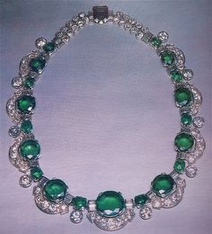 Retro Cartier Emerald Diamond Platinum Necklace