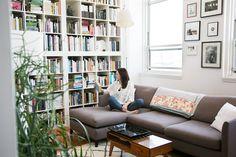 couch, fashion books, bookcas