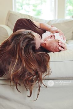 Newborn Photography by Candy Howard Photography : lifestyle, mother and baby, home
