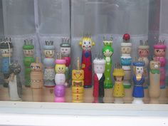 Knitting dolls