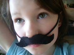 silli moustach, felt, goodie bags, moustach tutori, goody bags, loot bag, costume parties, parti idea, kid