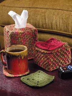 Retro Alert:  remote, tv guide, tissues and other accessories covers: free patterns