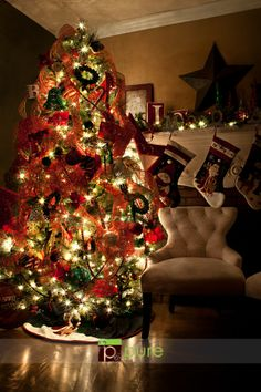 Taking pics of the Christmas tree tutorial