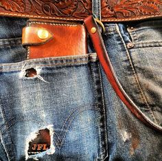 Love the wallet and belt.