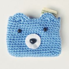 Crochet bear wallet, free pattern. perfect for lunch money or a quickly whipped gift!