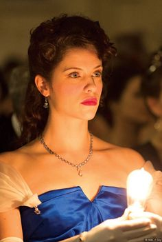 Jessica De Gouw as Mina Murray in Dracula TV Series - Pictures From Sky Living HD