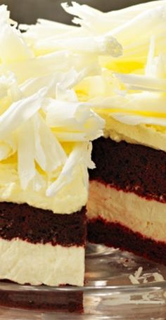 Red Velvet Cheesecake a glorious combinatiion