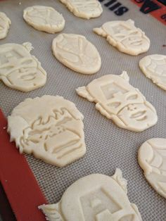 Superhero party ideas: Fun cookies using easy molds