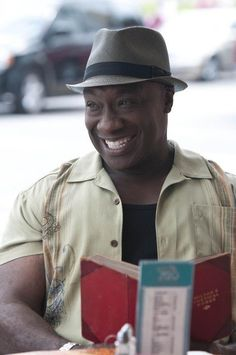 Michael Clarke Duncan in The Finder