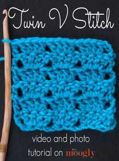 How to #Crochet the Twin V Stitch via @mooglyblog
