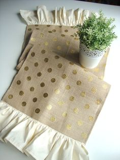 Gold Polka Dot Burlap Table Runner, Metallic Burlap, Wedding Table Runner