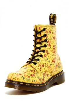 1460 W Floral Lace-Up Boot
