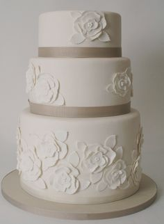 Oh so pretty and simple  Charm City Cakes