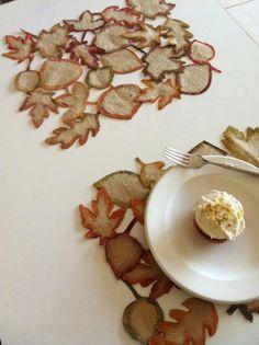 burlap leaves placemat/runner