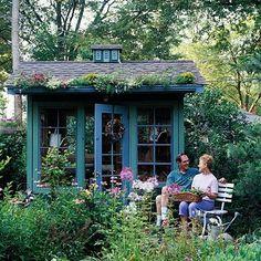 Love this garden structure...