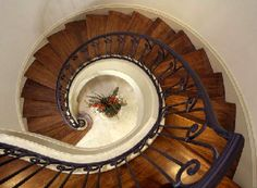 French Country Staircase - Gabriel Home Builders - Houston