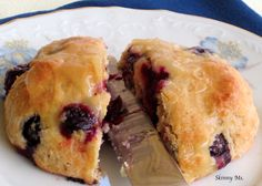 Clean Eating Blueberry Lemon Scones. Nummm. #blueberryscones #lemonrecipes #baking #blueberryrecipes #breakfastideas