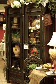 Three French Hens|Farm House Collection Looks like a shop in Fredricksberg, Texas Love it!