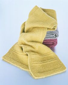 How to knit a scarf.