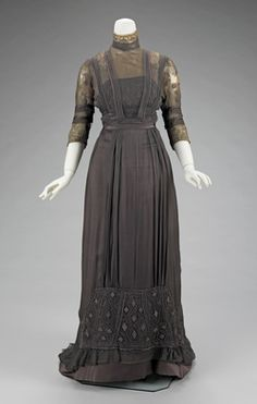 Dinner Dress Made Of Silk And Metal, By Jeanne Paquin, House Of Paquin c.1909 - The Metropolitan Museum of Art