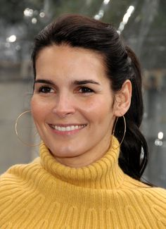 """""""If I have anything to say against Obama, it's not because I'm a racist; it's because I don't like what he's doing as President and anybody should be able to feel that way, but what I find now is that if you say anything against him, you're called a racist."""" -- Angie Harmon  to have her stand up is remarkable,most of hollywood,is patsy's she isn't,i admire her for saying the truth"""