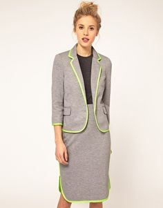 #I might actually attempt this one.  Office clothes #2dayslook #fashion #new #nice #Officeclothes  www.2dayslook.nl