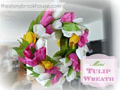 DIY Mini Tulip Wreath www.thestonybrookhouse.com