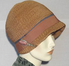 1920's Vintage Helmet Style Cloche