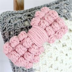 Pattern for these cute crochet bobble stitch bows.