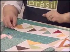 ▶ Patchwork Ana Cosentino: Porta Tablet Vôo do Ganso (Programa Arte Brasil 17/10/13) - YouTube