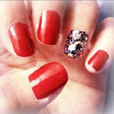 #Party #nail! #nailsdid #red #christmas #holiday