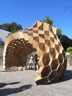Constructive Geometry Pavilion FAUP, honeycomb structure, cardboard pavilion, student work, digital fabrication