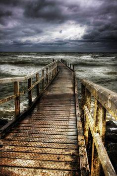. beaches, walks, paths, seas, storm clouds, storms, bridges, hdr photographi, photography