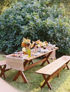 #picnic dinner party inspiration Photography: Ben Q. Photography  Read More: http://www.stylemepretty.com/living/2014/01/20/project-sofa-design-from-bek-design/