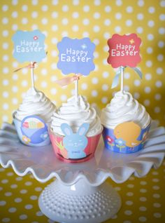 Free Easter Cupcake Printables from Pizzazzerie