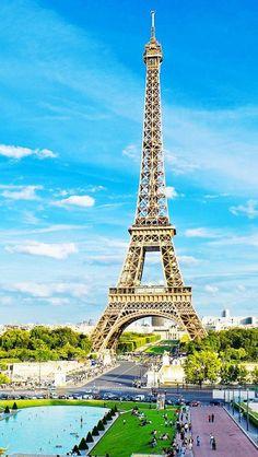 eiffel tower,