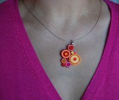 Pretty paper pendant #ilovepaperbeads #paperjewelry