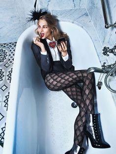 Anna Selezneva in pantyhose - http://stockings-celebs.blogspot.com/2014/09/alison-brie-amber-pyper-analu-campos.html