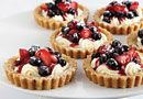 Red, White & Blueberry Tarts from Pampered Chef. Mini Tart pans make this easy