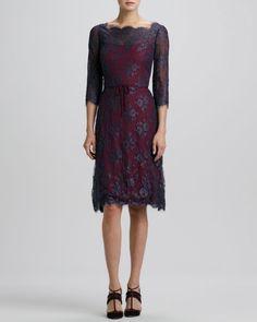 CAROLINA HERRERA Button-Back Scalloped Lace Dress