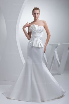 Stunning Oversize Bow Appliques Pleats Mermaid Satin Wedding Dress
