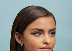4 Cat-Eye DIYs For YOUR Eye Shape