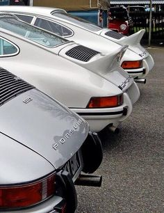 Good morning everyone! Have a fantastic #Porsche #Wednesday pic.twitter.com/cY7wM4f3AK @PorscheRetail #porschelove