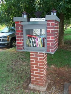 Cleveland Neighborhood of Oklahoma City, OK. Cleveland Neighborhood's Little Free Library is finally installed at its resting place on the Venice Boulevard median near N.W. 28th street. Our Little Free Library was designed and well built by architect Amy Butler and Lauren Shelton of Miles Associates of Oklahoma City. They did an excellent job mirroring Cleveland's deco-style entrance sign in their design and that is what makes it so special! It's a piece of art on the parkway!