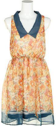 Flower printed dress / ShopStyle: フリーズマート ノースリーブ花柄OP