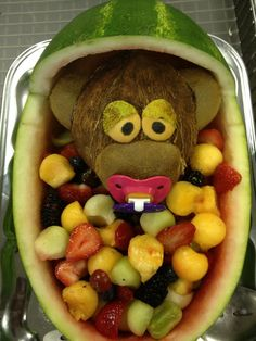Babyshower ideas on pinterest monkey baby showers boy for Baby shower fruit decoration ideas