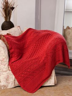 Lace Panel Throw | Yarn | Free Knitting Patterns | Crochet Patterns | Yarnspirations